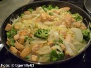 Tagliatelle mit Broccoli und Lachs - Rezept