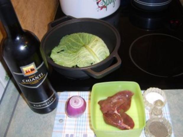 Gänseleber an Wirsing-Zwiebelsauce - Rezept - Bild Nr. 2