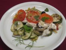 Scholle Finkenwerder Art auf einem Kartoffel-, Tomaten- und Zucchini-Bett - Rezept