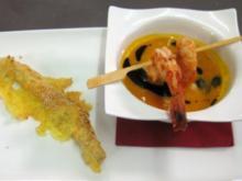 Kürbis-Orangensuppe mit Garnelenspieß und Chesterstange - Rezept