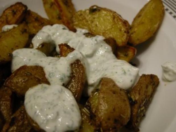 Potato Wedges mit Kräuterquark - Rezept