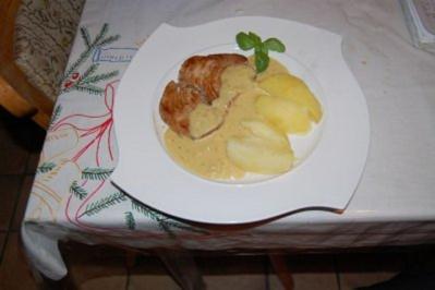 Thunfisch-Steak mit Dijonsenf-Sauce und Salzkartoffeln - Rezept