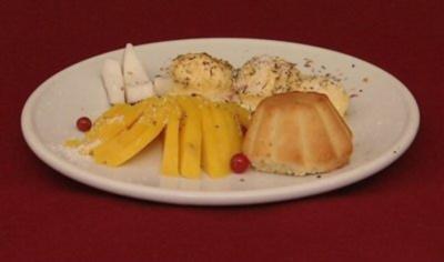 American Cupcakes mit Mangoeis (Kena Amoa) - Rezept