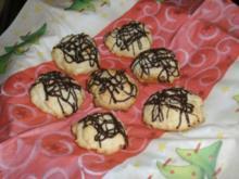 Mandel-Cookies mit Schokoverzierung - Rezept