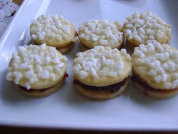 Tante Leni´s Zuckerplätzchen - Rezept