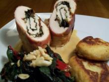 Das Beste vom Maishähnchen mit rotem Mangold an Kartoffel-Mandel-Talern - Rezept