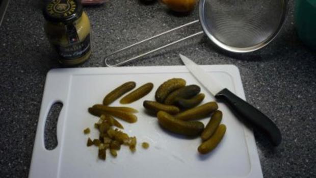 Roastbeef mit Bratkartoffeln und Remouladensauce - Rezept - Bild Nr. 6