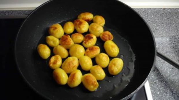 Roastbeef mit Bratkartoffeln und Remouladensauce - Rezept - Bild Nr. 14