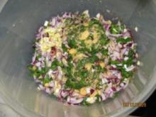Falafel : frittierte Kichererbsenbällchen + Beilage - Rezept