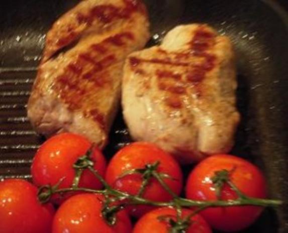Schweinemedaillons mit Champignons und gegrillten Tomaten - Rezept - Bild Nr. 3