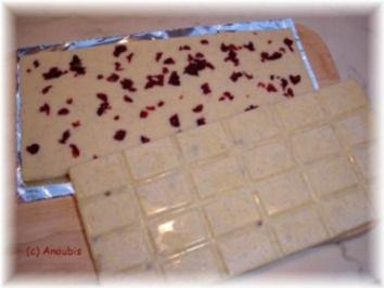 Rezept: Nascherei - Schokolade mit Vanille und Cranberry