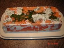 Fisch : Lachsterrine mit Siebensoße - Rezept