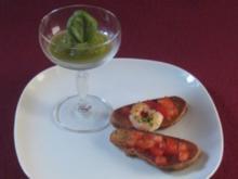 Basilikumsorbet mit Kipferlbruschetta - Rezept