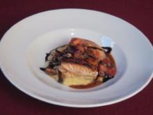 Langsam gebratener Lachs mit Apfelmousse, sautierten Pilzen und Tomatensalsa - Rezept