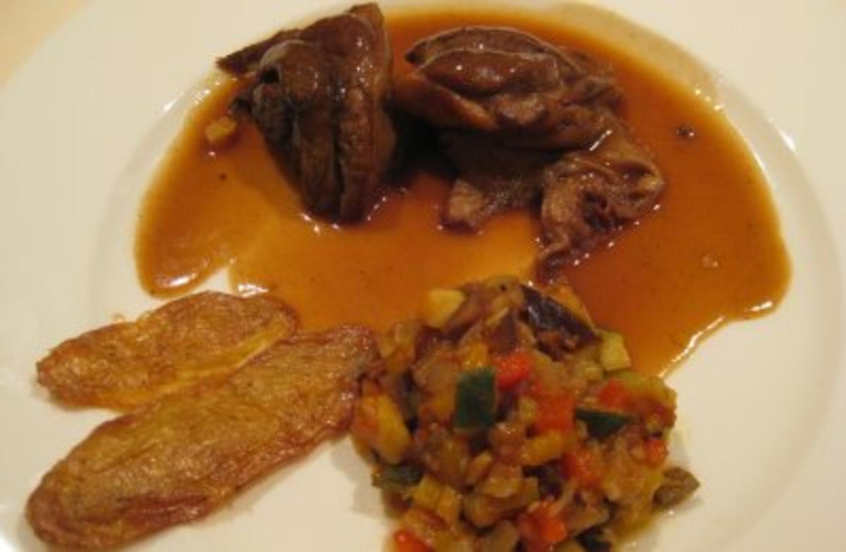 Lammstelzen mit Ratatouille und gebackenen Kartoffelschalen - Rezept Eingereicht von Unter Volldampf