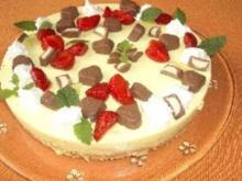 Erdbeer-Vanille Philadelphia Torte (ohne Backen) - Rezept