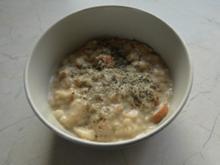 Brotsuppe mit Einlage (sagte man früher) - Rezept