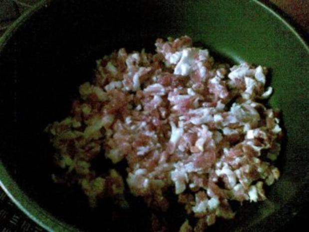 Krumbeerworscht-Ufflaaf ( Kartoffelwurst-Auflauf ) - Rezept - Bild Nr. 7