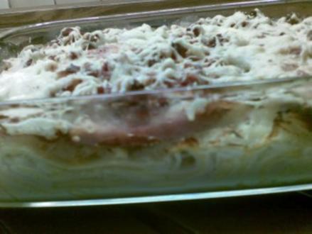 Krumbeerworscht-Ufflaaf ( Kartoffelwurst-Auflauf ) - Rezept