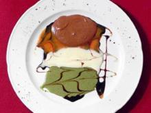 Bergmousse mit Pfefferminz- und Karamellsoße - Rezept
