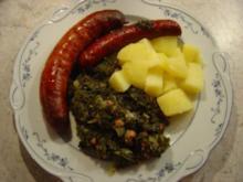 Grünkohl im Backofen gegart mit Pinkelwurst und Mettendchen - Rezept