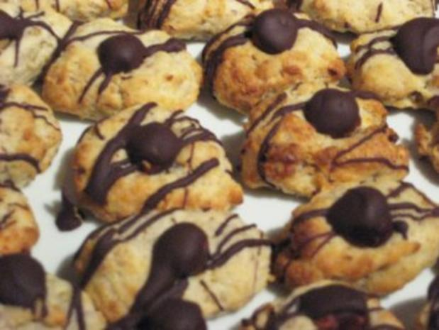 Bananen-Nuss Kekse mit Schokolade - Rezept