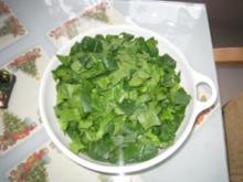 Spinat und Hackfleisch gemicht mit Knoblauchjoghurt - Rezept