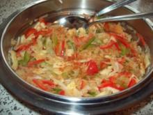 Sauerkrautsalat  mit Paprika und Apfel - Rezept