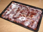Pflaumen Blechkuchen  auf Cappuccino Creme - Rezept