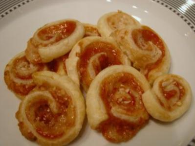 Plätzchen -  Hagebutten-Blätterteig-Schnecken - Rezept