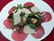 geflämmtes Rinderfilet mit Rucola, Parmesan und Austernpilzen - Rezept