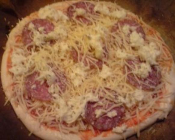 Pizza Salami - Rezept - Bild Nr. 2