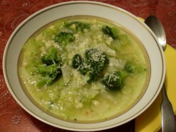 Graupensuppe mit Fenchel und Brokkoli - Rezept