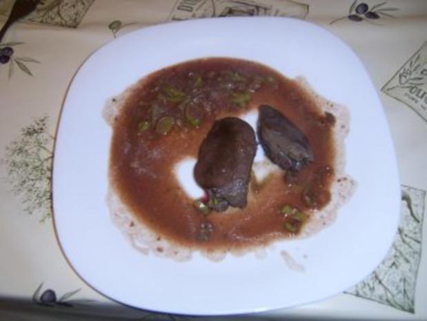 Gänseleber an Thymian,- Lauch,-  Rotwein,- Jägersauce - Rezept