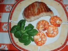 Thunfisch -  Riesencrevetten ohne Schalen und ein gemischter Salat - Rezept