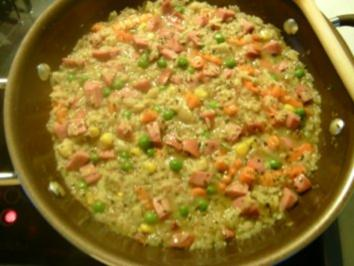 Schnelle Reispfanne mit Rindswurst - Rezept