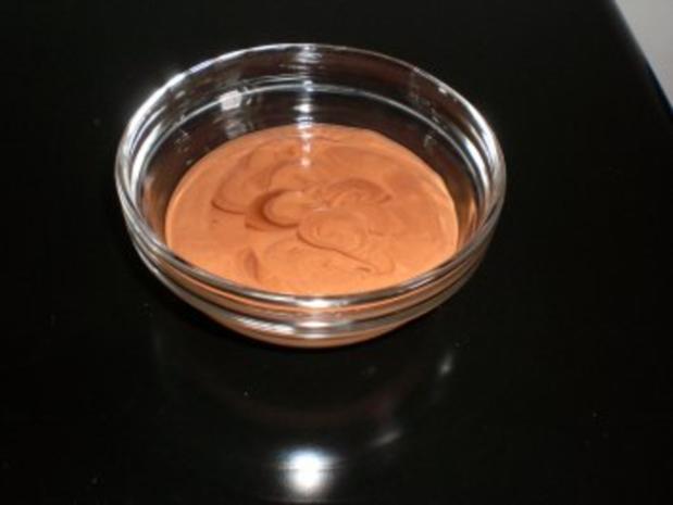 Dessert: Mousse au chocolat weiss & schwarz an Baileys - Rezept - Bild Nr. 2