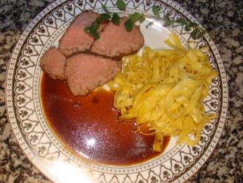 Fleisch - Rinderfilet im Ofen gegart - - Rezept