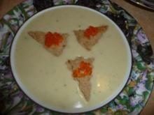 Kartoffelcremesuppe mit Lachskaviar - Rezept
