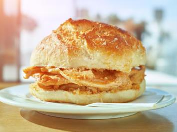 Rezept: Bifana im Brot / Bifana no pão