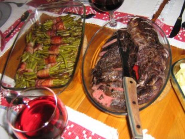 Zweierlei Filet mit Speckbohnenpäckchen an Bandnudeln mit Rotwein-Orangen-Pilzsoße - Rezept - Bild Nr. 3
