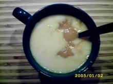 Dessert: Fruchtig-schwipsige weiße Schokosuppe - Rezept