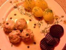 Köngsberger Klöpschen mit Dillkartoffeln und rote Beete - Rezept