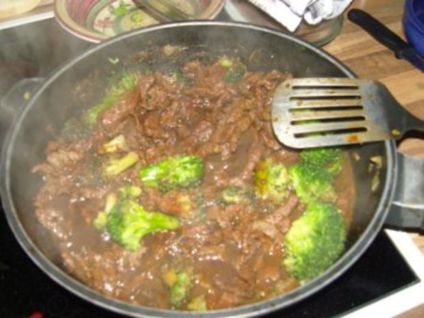 chinesisches -scharfes Rindfleisch mit Brokkoli - Rezept - Bild Nr. 3