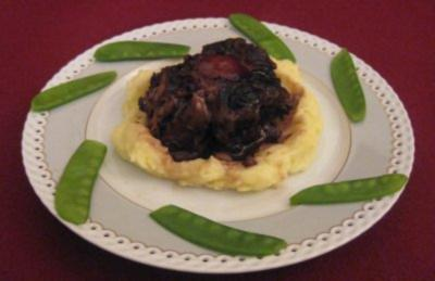 Ochsenschwanz in Rotwein mit Trüffelkartoffelbrei - Rezept