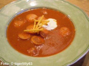 Herzhafte Currywurst-Suppe - Rezept