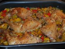 Hähnchenkeulen auf Ofengemüse - Rezept