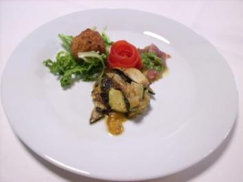 Lasagne von Melanzani und Tunfisch-Carpaccio mit Rucola-Pesto - Rezept