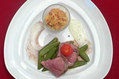 Kalbsfilet mit Kartoffelrisotto auf Parmaschinken-Schaum - Rezept
