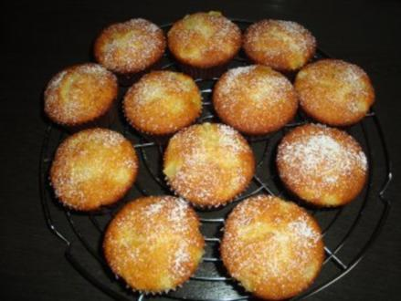 Grieß-Ananas-Kokos-Muffins - Rezept